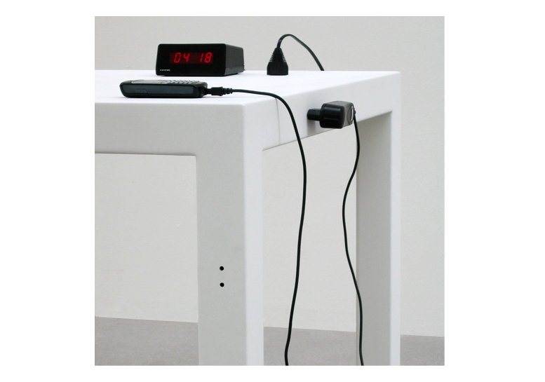 Electric table broberg ridderstr le Motorized table